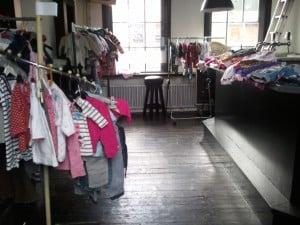 Kinder- en dameskledingmarkt, najaarseditie @ De Groene Zwaan   De Rijp   Noord-Holland   Nederland